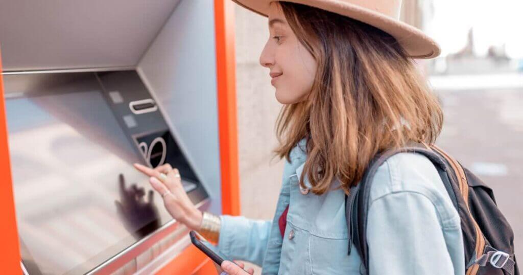 How ro avoid ATM fees